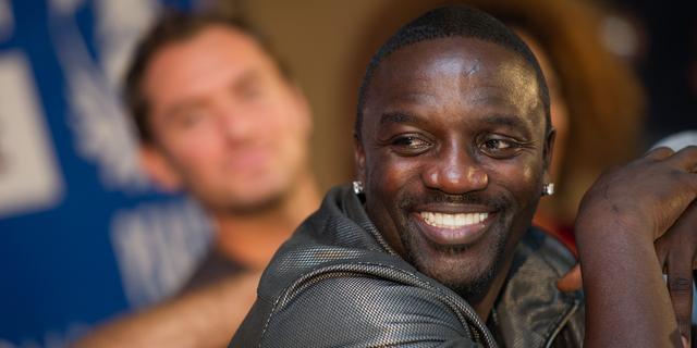 Akon moet bijna 165.000 dollar achterstallige huur betalen