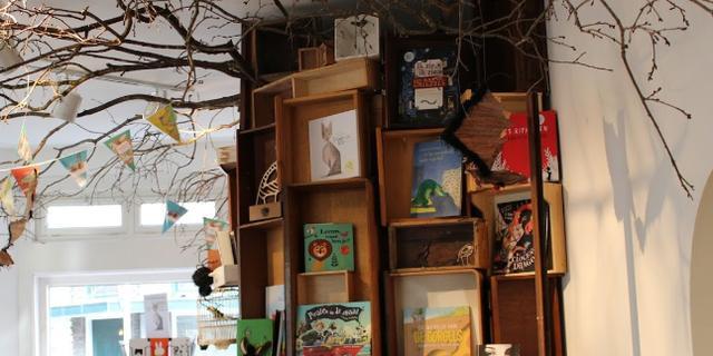 Kinderboekenschrijfster Manon Sikkel heropent Kinderboekentuin in Breda