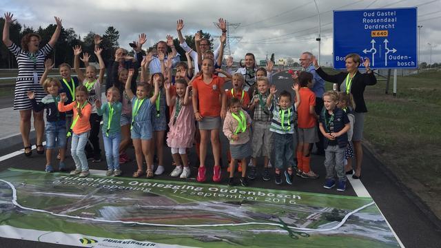 Rondweg Oudenbosch feestelijk geopend