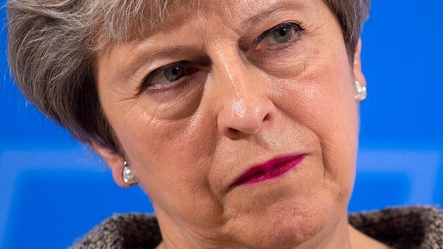 'Britse premier May onderzoekt verkiezingen in november'