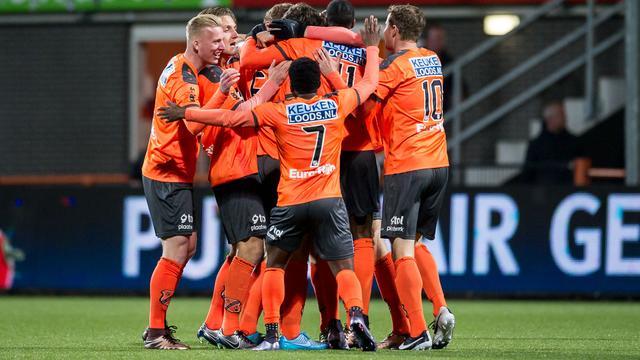 Bekijk de samenvatting van FC Volendam-Telstar