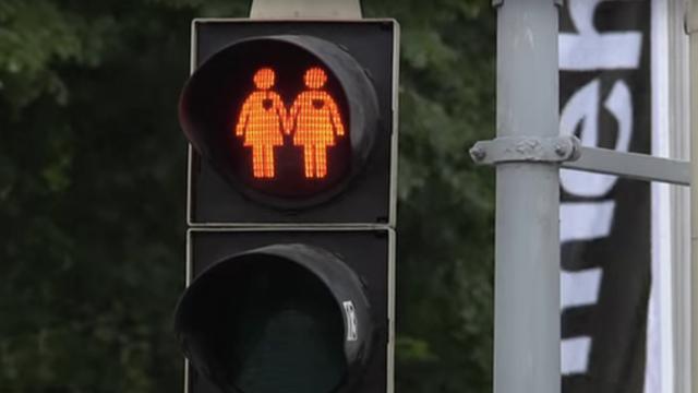 Utrecht krijgt regenboog-verkeerslichten
