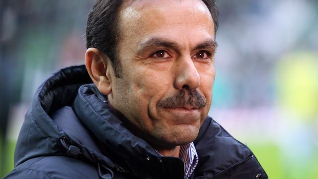 Luhukay stapt op als trainer VfB Stuttgart