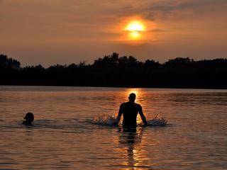 'Ga alleen naar officiële buitenzwemplaatsen'
