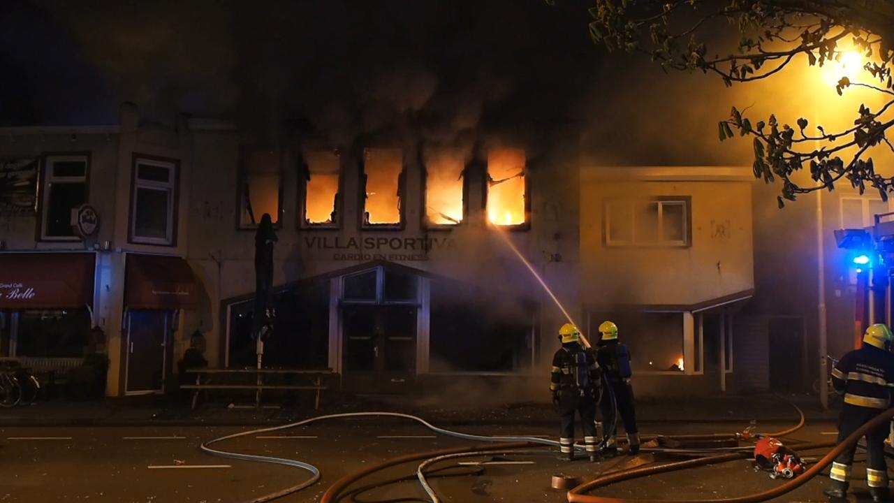 Gewonde bij grote brand in café IJmuiden
