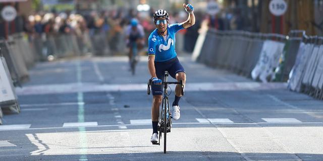 Valverde wint met GP Miguel Indurain eerste koers in ruim anderhalf jaar