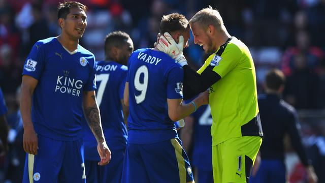 Leicester City nadert Premier League-titel, United hard onderuit bij Spurs