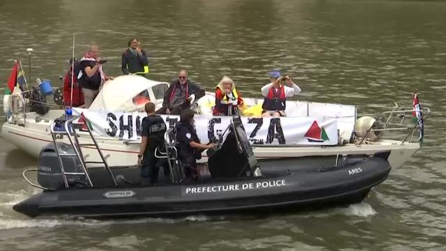 Politie stopt boten van pro-Palestijnse activisten in Parijs