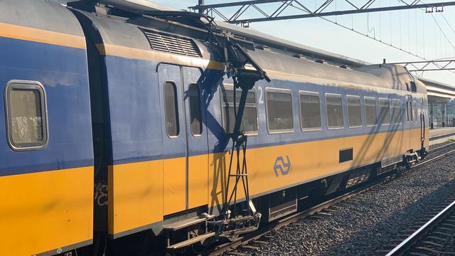 Treinverkeer rond Eindhoven verstoord door bomen op het spoor
