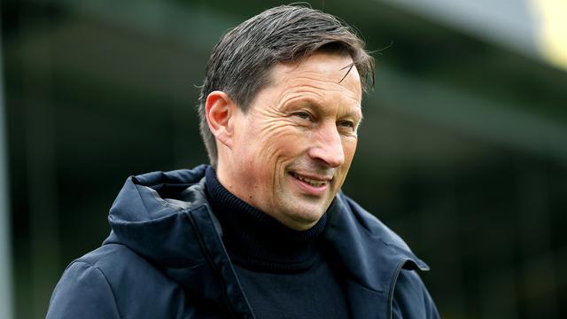 Trainer Roger Schmidt kan komende zomer nieuwe versterkingen tegemoet zien door de financiële injectie.