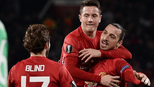 Ibrahimovic helpt United met hattrick langs Saint-Etienne in Europa League