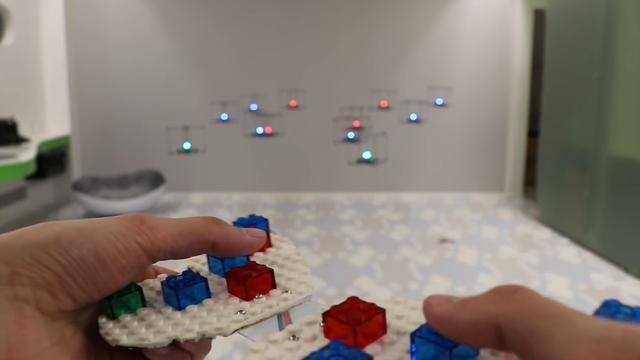Drones bootsen vorm van LEGO-blokjes na