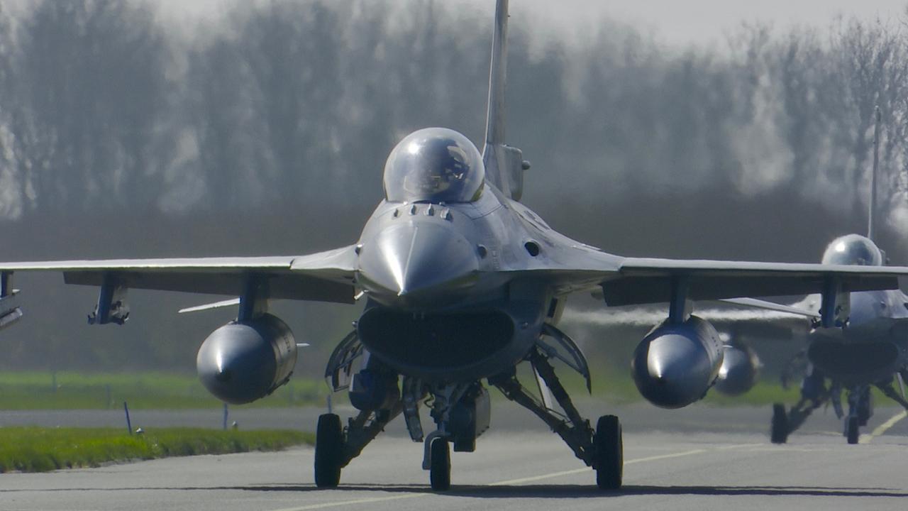 Tientallen straaljagers landen in Friesland voor internationale oefening