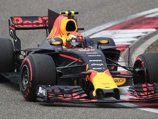 Ferrari oppermachtig met Vettel en Raikkonen