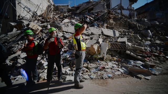 Dodental aardbeving Italië stijgt naar 267