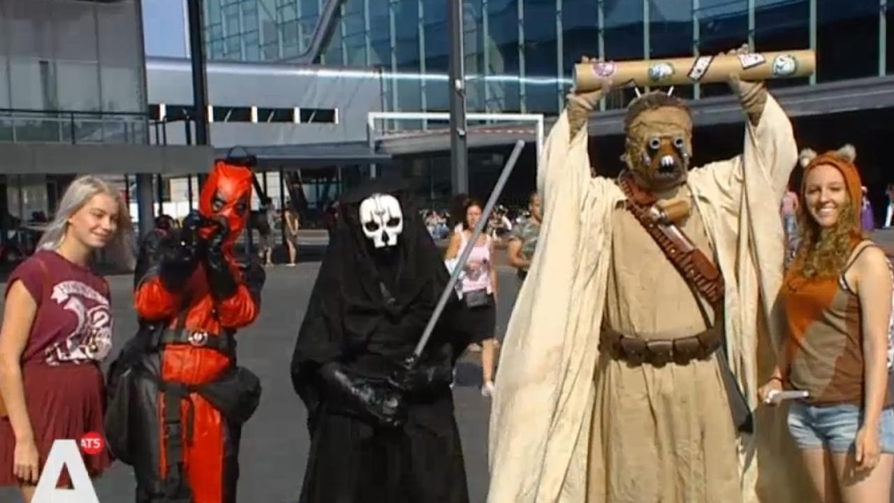 Fantasyliefhebbers bij Comic Con in de RAI