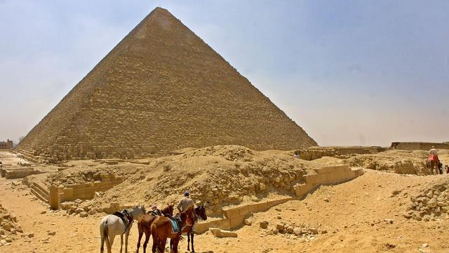 Agenten doodgeschoten bij piramides van Gizeh