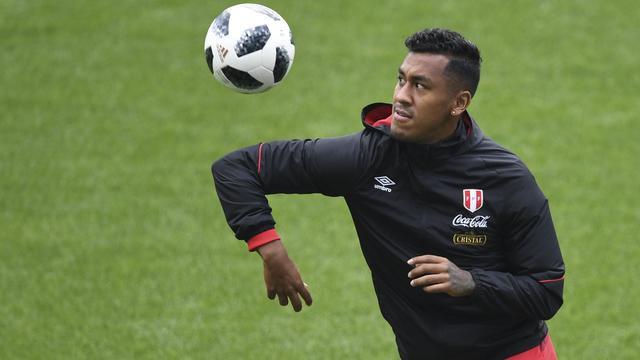 Peru oefent zonder geblesseerde Feyenoorder Tapia tegen Oranje