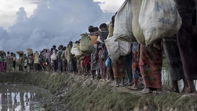 VN-commissaris heeft 'vermoeden van genocide' op Rohingya in Myanmar