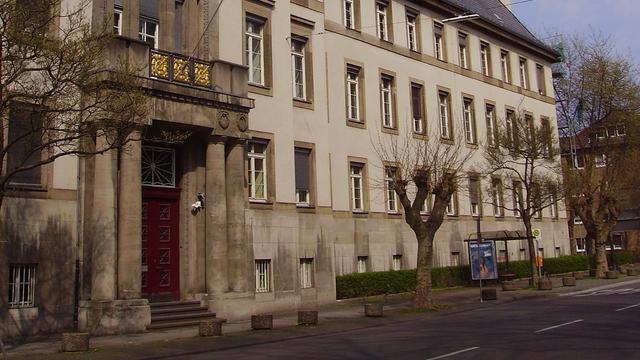 Duits OM eist drie jaar cel tegen natuurgenezer Klaus Ross