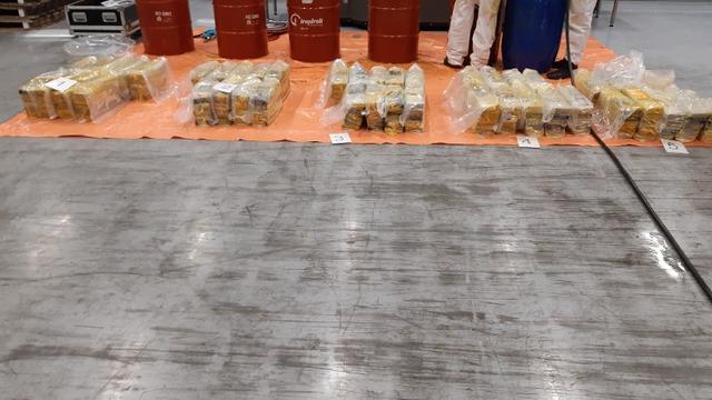 Vijf aanhoudingen na vondst 750 kilo cocaïne in Rotterdamse haven