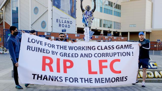 Supporters van Liverpool én Leeds United protesteerden maandagavond tegen de nieuwe Super League.