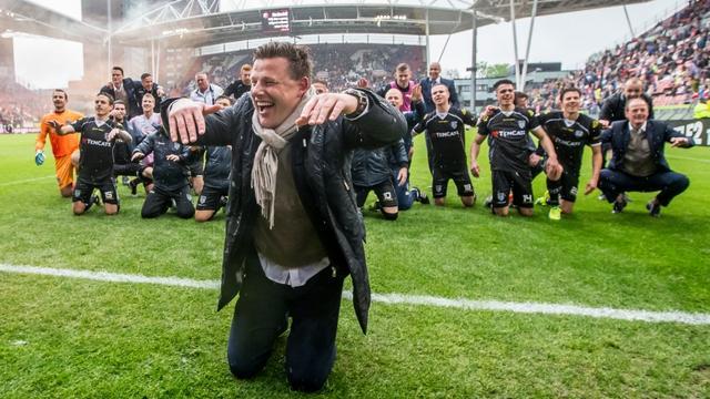 Stegeman 'onwijs trots' op spelers Heracles na binnenhalen Europees ticket