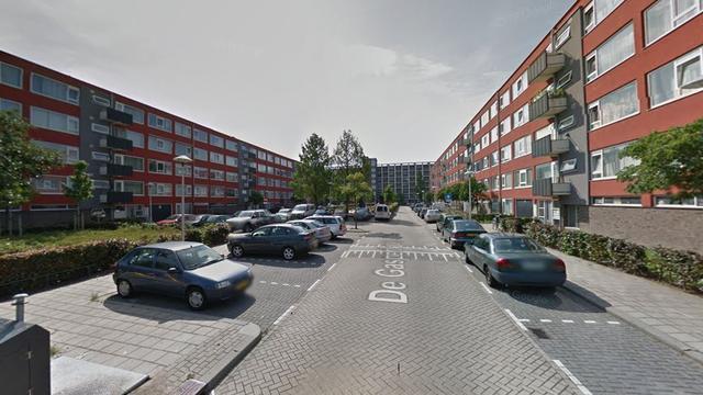Peuter valt van vierde verdieping wooncomplex in Utrecht