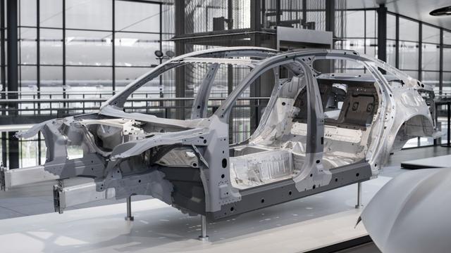 Koolstofvezel in nieuwe Audi A8