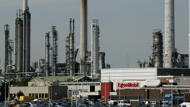 Miljardenafschrijving drukt winst olieproducent ExxonMobil