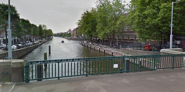 Bruggen staan vaker open door gewijzigde route containerschepen