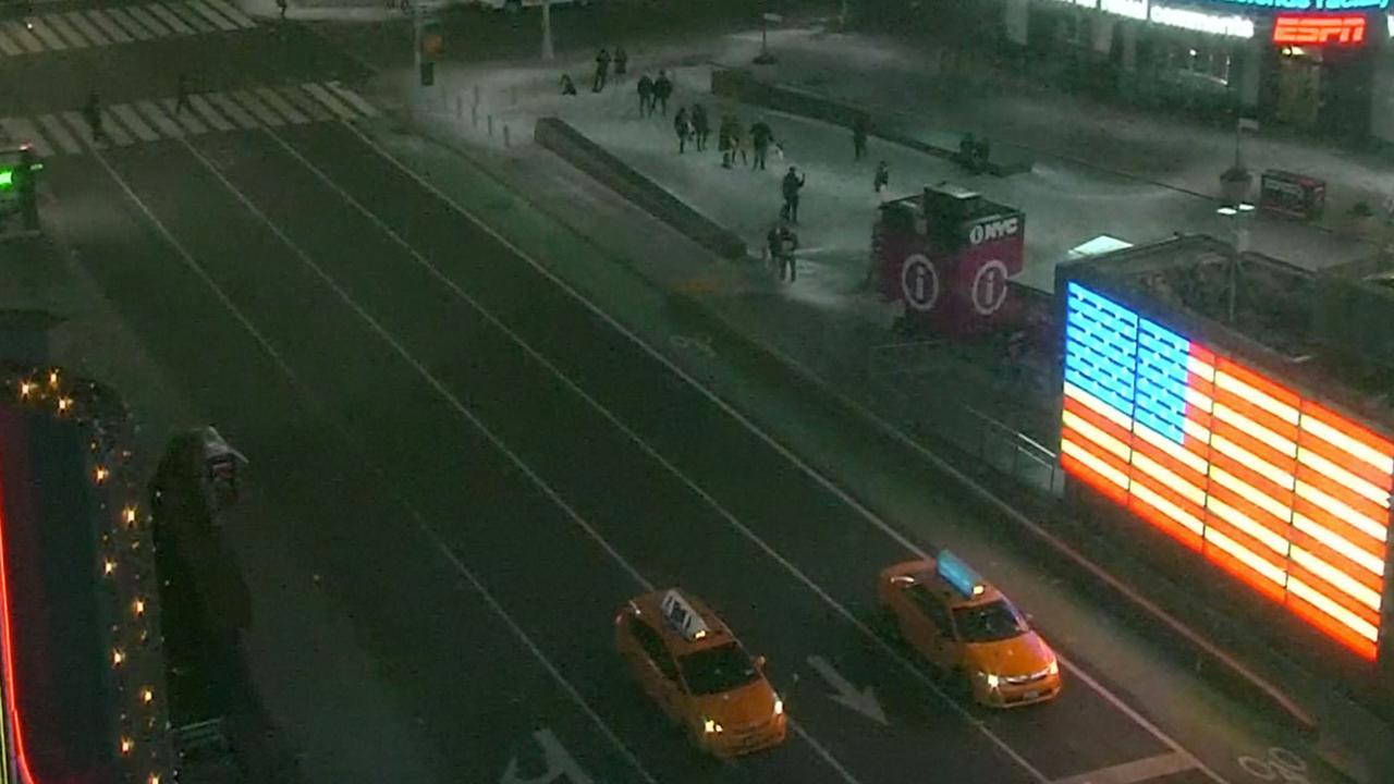 Verlaten straten in New York door hevige sneeuwstorm