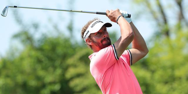 Luiten eindigt net buiten top twintig bij BMW PGA Championship