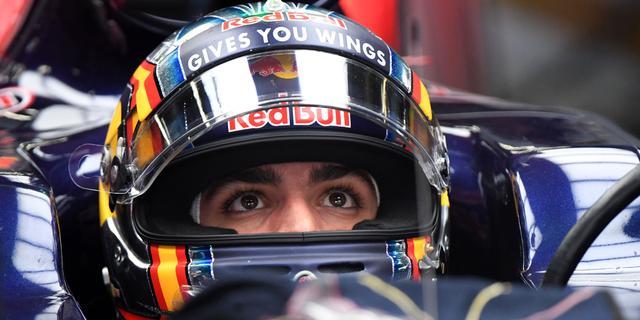 Sainz hoopt net als Verstappen te promoveren naar Red Bull Racing