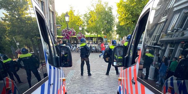 Burgemeester: Rellen bij protest tegen standbeeld in Hoorn bewust uitgelokt