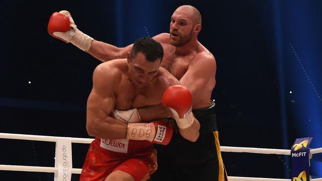 Klitschko en Fury treffen elkaar op 9 juli in Manchester