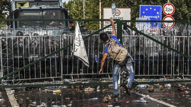 Rellen bij grensovergang Servië-Hongarije