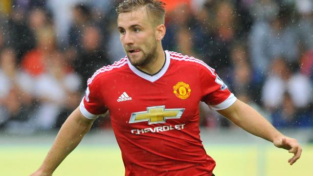 Shaw na bijna zeven maanden terug op trainingsveld United