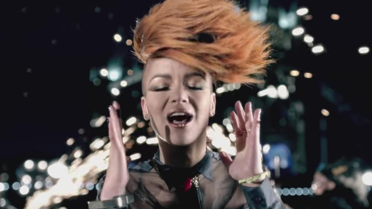 Eva Simons & will.i.am - This Is Love