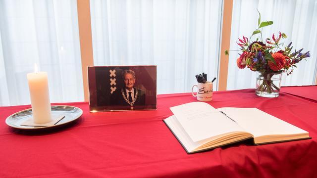 Veel condoleances voor Van der Laan