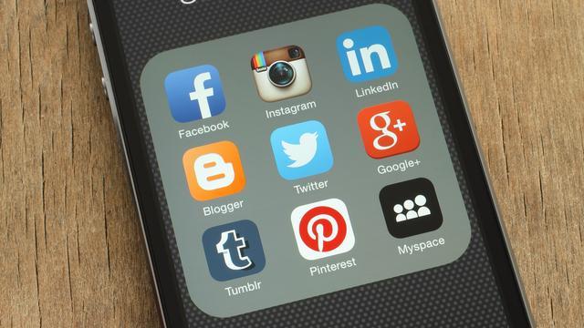 EU wil dat bedrijven als Facebook en Google voorwaarden sneller aanpassen