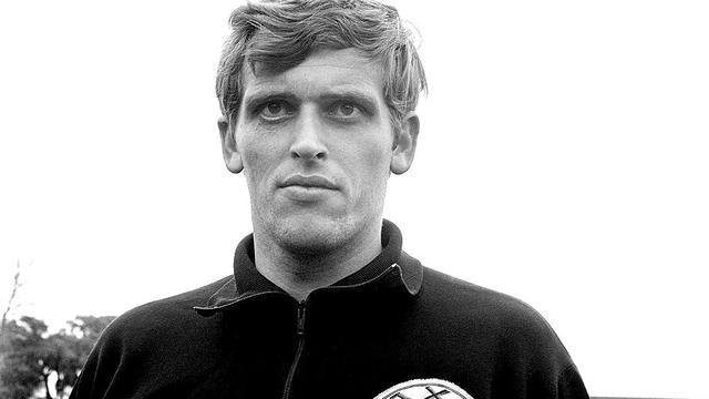 Ajax-icoon Piet Keizer (73) overleden