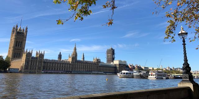 Britse economie minder hard onderuit door laatste kwartaal pre-Brexit