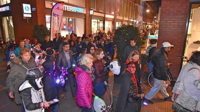 Ruim 450 kinderen lopen mee met Halloweenoptocht