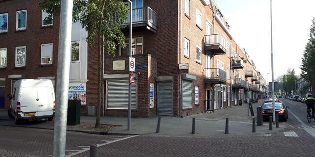 Buurtwinkel en café beschoten in Rotterdam-West
