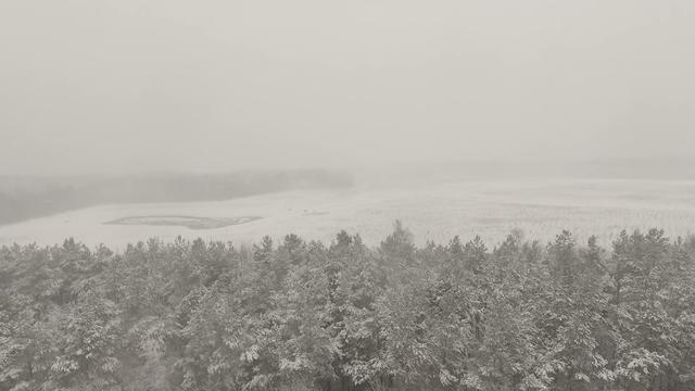 Drone laat wonderbaarlijk Fries sneeuwlandschap zien
