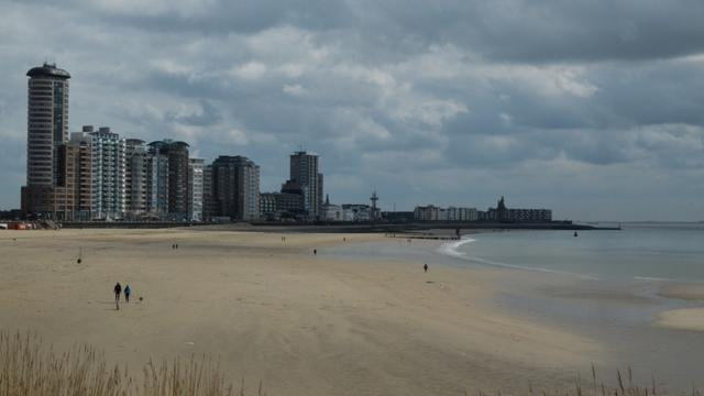 Twee personen ingesloten op zandplaat Westerschelde