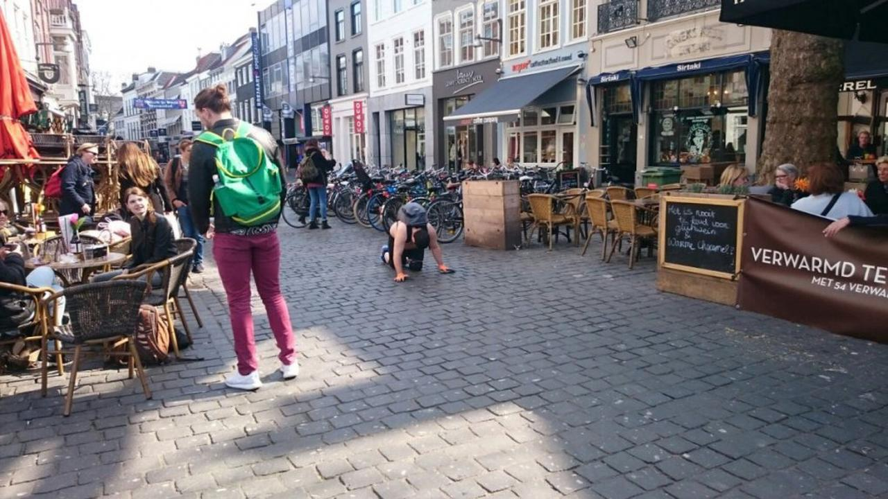 Achteruit kruipen naar Amsterdam