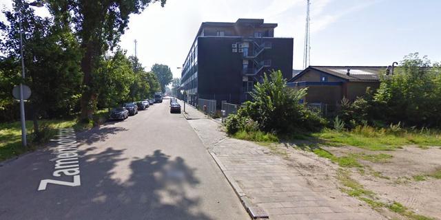 Auto uitgebrand in Amsterdam Noord