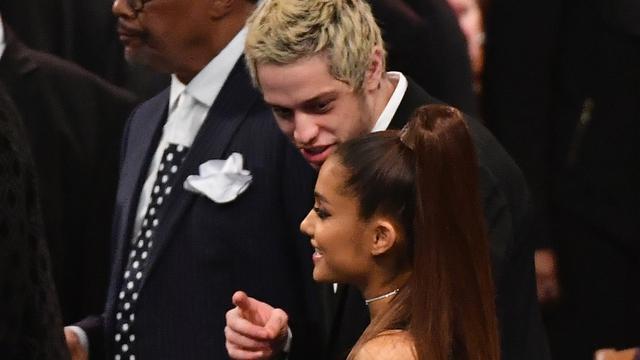 Ariana Grande vraagt fans Pete Davidson vriendelijk te behandelen